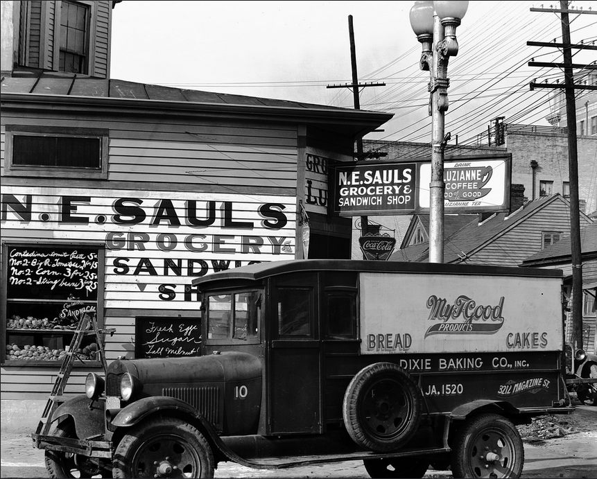 Walker Evans photo of a grocery in New Orleans, 1936. (FSA collection at LOC, in the Public Domain)