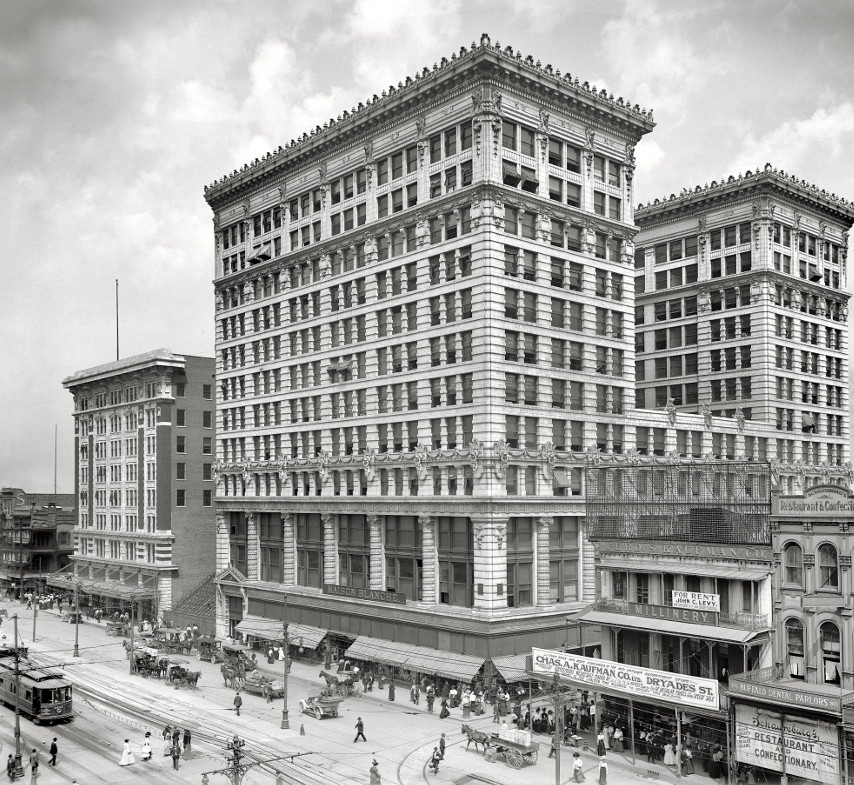 "Canal Street Architecture – S. H. Kress – classic to ""modern"" and back"